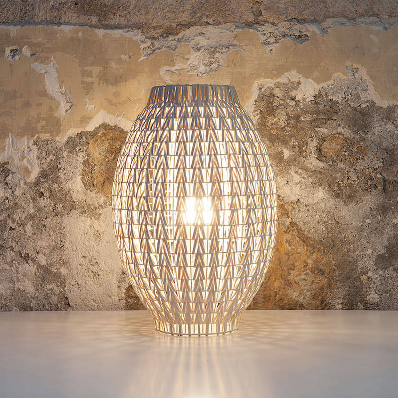 Fus table lamp